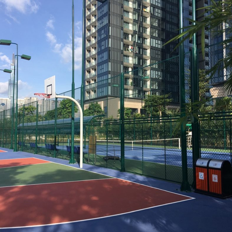 Vinhomes Golden River Tennis Courts